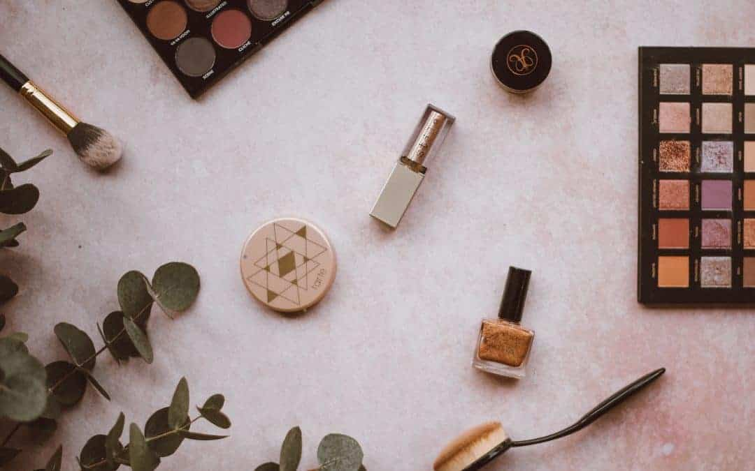 7 Minimal Travel Makeup Products That Won't Break The Bank
