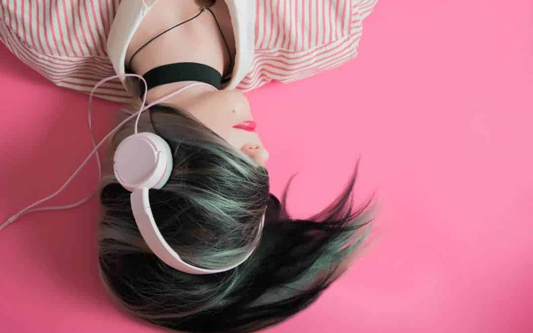 12 Best Podcasts for Personal Growth